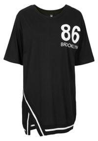 Shirt z ramionami typu oversize bonprix czarny. Kolor: czarny. Wzór: nadruk
