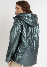 Born2be - Ciemnozielona Kurtka Phaelesilea. Kolor: zielony. Materiał: tkanina. Długość: długie. Styl: klasyczny