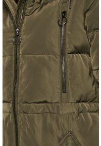 Oliwkowa kurtka Vero Moda z kapturem