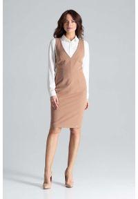 Katrus - Brązowa Ołówkowa Sukienka Midi na Szelkach. Kolor: brązowy. Materiał: wiskoza, poliester. Typ sukienki: ołówkowe. Długość: midi