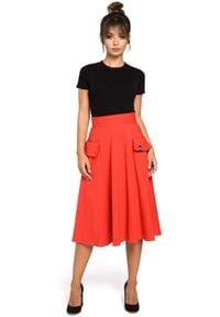 BE - Rozkloszowana spódnica midi z kieszeniami. Materiał: bawełna, elastan, dzianina, materiał. Styl: elegancki