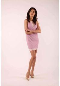 Nommo - Jasnoróżowa Krótka Sukienka bez Rękawów z Koronkowymi Wstawkami. Kolor: różowy. Materiał: koronka. Długość rękawa: bez rękawów. Długość: mini