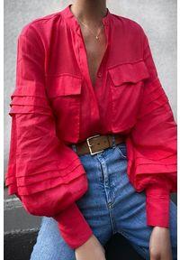 Czerwona bluzka IVET na co dzień, w kolorowe wzory, casualowa