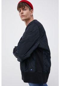 Levi's® - Levi's - Bluza. Okazja: na spotkanie biznesowe. Kolor: czarny. Materiał: tkanina. Styl: biznesowy