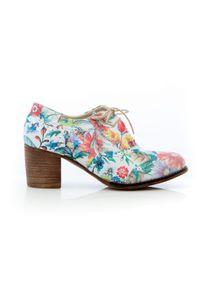 Zapato - sznurowane półbuty na 6 cm słupku - skóra naturalna - model 251 - motyw kwiatowy. Materiał: skóra. Wzór: kwiaty. Obcas: na słupku