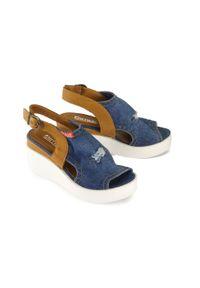 Niebieskie sandały Artiker Relaks na koturnie