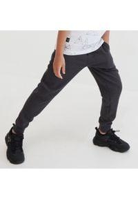 Reserved - Dzianinowe spodnie - Szary. Kolor: szary. Materiał: dzianina