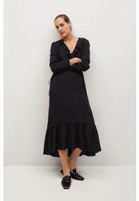 Czarna sukienka mango na co dzień, maxi, casualowa, z długim rękawem
