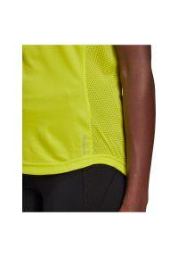 Adidas - Koszulka damska do biegania adidas Own The Tee GJ9983. Materiał: poliester, skóra, materiał. Długość rękawa: krótki rękaw. Długość: krótkie. Sport: fitness