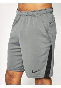Nike Szorty sportowe Dri-Fit CJ2007 Szary Standard Fit. Kolor: szary. Technologia: Dri-Fit (Nike)