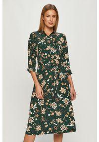 Zielona sukienka Vero Moda w kwiaty, casualowa, midi, rozkloszowana