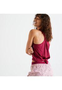 DOMYOS - Top do fitnessu Domyos PRO 900. Kolor: fioletowy. Materiał: poliester, poliamid, materiał, elastan. Sport: fitness