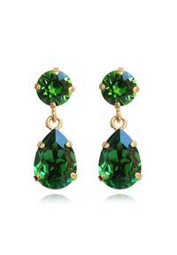CAROLINE SVEDBOM - Kolczyki z zielonymi kryształami Drop. Materiał: złote. Kolor: zielony. Kamień szlachetny: kryształ