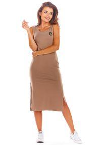 e-margeritka - Sukienka bawełniana na ramiączka beżowa - s. Okazja: na co dzień. Kolor: beżowy. Materiał: bawełna. Długość rękawa: na ramiączkach. Sezon: lato. Typ sukienki: dopasowane. Styl: wakacyjny, casual. Długość: midi