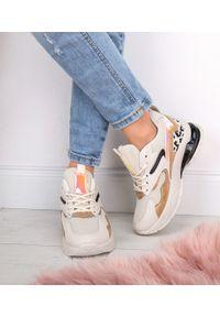 Buty sportowe FOREVERFOLIE na co dzień, w kolorowe wzory