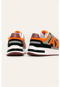 Beżowe sneakersy Armani Exchange z cholewką, z okrągłym noskiem, na sznurówki