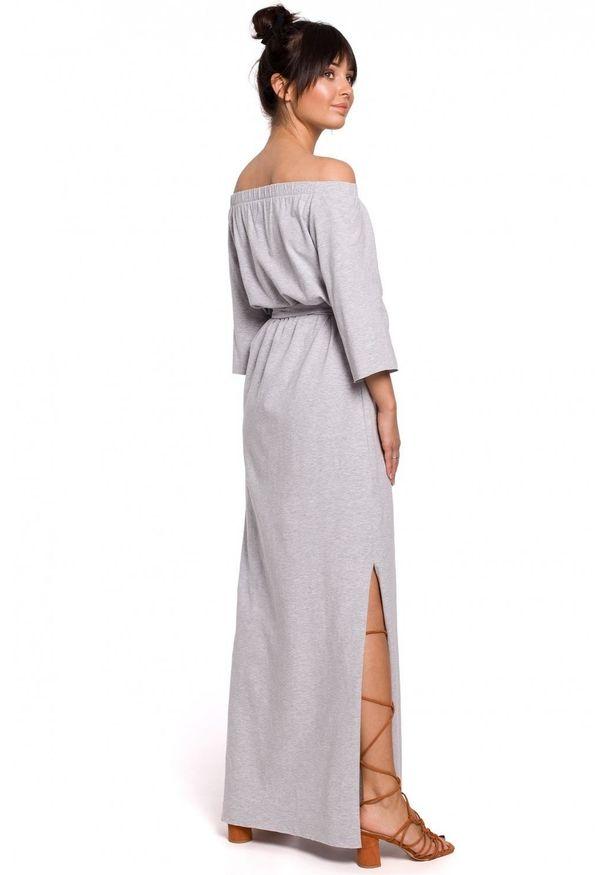 BE - Bawełniana sukienka maxi z odkrytymi ramionami na lato. Okazja: na co dzień. Materiał: bawełna. Sezon: lato. Typ sukienki: z odkrytymi ramionami. Styl: casual. Długość: maxi