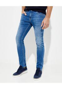FAY - Jasnoniebieskie jeansy Fay. Kolor: niebieski. Wzór: aplikacja