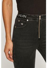 Czarne jeansy Calvin Klein Jeans z podwyższonym stanem