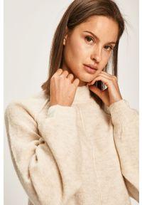 Kremowy sweter Pepe Jeans raglanowy rękaw, casualowy