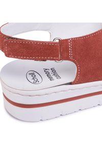 Czerwone sandały Scholl z aplikacjami