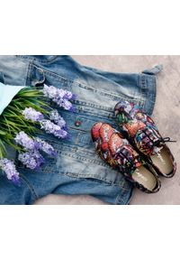 Półbuty Zapato w kolorowe wzory, wąskie