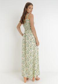 Born2be - Zielona Sukienka Kiryasda. Typ kołnierza: dekolt kwadratowy. Kolor: zielony. Długość rękawa: na ramiączkach. Wzór: kolorowy. Typ sukienki: rozkloszowane. Długość: maxi
