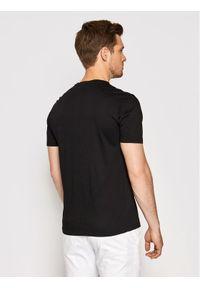 Baldessarini T-Shirt B4 20006/000/5015 Czarny Regular Fit. Kolor: czarny