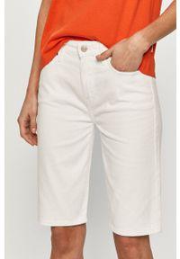 TOMMY HILFIGER - Tommy Hilfiger - Szorty jeansowe. Okazja: na co dzień. Stan: podwyższony. Kolor: biały. Materiał: jeans. Styl: casual