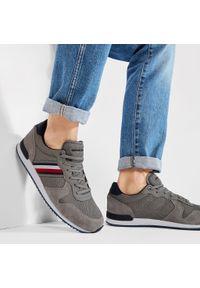 Sneakersy TOMMY HILFIGER - Iconic Material Mix Runner FM0FM03470 Pewter Grey PQ8. Okazja: na co dzień. Kolor: szary. Materiał: zamsz, materiał, skóra. Szerokość cholewki: normalna. Styl: casual, elegancki