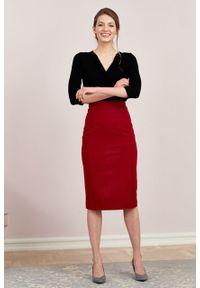 Marie Zélie - Spódnica Nela wełna czerwona. Stan: podwyższony. Kolor: czerwony. Materiał: wełna. Wzór: motyw zwierzęcy. Styl: elegancki
