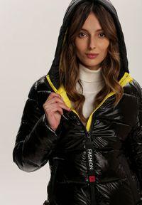 Renee - Czarno-Żółta Kurtka Fancywink. Kolor: czarny