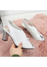 Srebrne sandały Jezzi