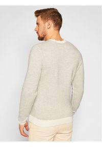 Beżowy sweter klasyczny Stenströms