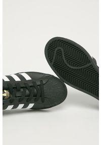 Czarne buty sportowe adidas Originals Adidas Superstar, na średnim obcasie, z cholewką, z okrągłym noskiem