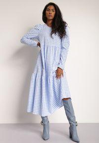 Renee - Niebieska Sukienka Amarhamene. Kolor: niebieski. Długość rękawa: długi rękaw. Wzór: aplikacja, nadruk. Styl: klasyczny, elegancki. Długość: midi