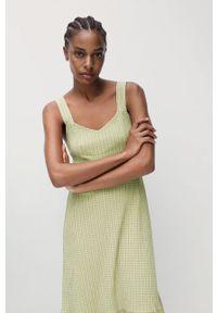 mango - Mango - Sukienka SONIA. Kolor: zielony. Materiał: tkanina, włókno. Długość rękawa: na ramiączkach. Typ sukienki: rozkloszowane