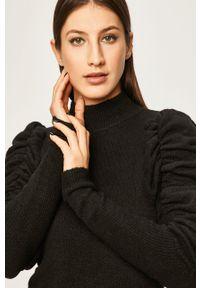 Czarna sukienka ANSWEAR z długim rękawem, z golfem, dopasowana, na co dzień