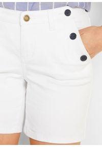 Szorty dżinsowe ze stretchem bonprix biały. Kolor: biały #2