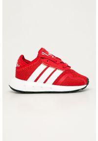 Czerwone buty sportowe adidas Originals z okrągłym noskiem, z cholewką
