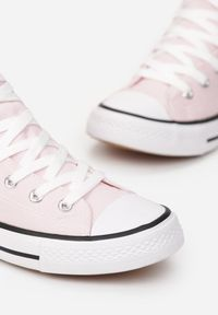 Renee - Jasnoróżowe Trampki Echimene. Wysokość cholewki: za kostkę. Nosek buta: okrągły. Kolor: różowy. Materiał: materiał, guma. Szerokość cholewki: normalna. Wzór: gładki. Styl: klasyczny