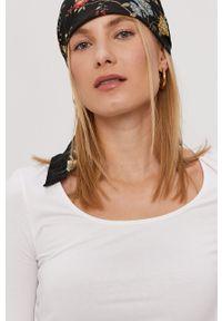 Biała bluzka Vero Moda na co dzień, gładkie