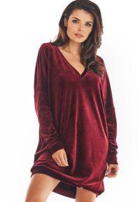 Czerwona sukienka Awama z dekoltem w serek