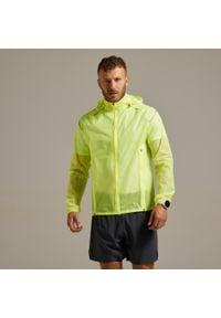 Kurtka przeciwdeszczowa do biegania KIPRUN LIGHT męska. Kolor: żółty. Materiał: poliamid, materiał. Sport: fitness