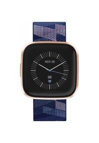 Niebieski zegarek FITBIT smartwatch