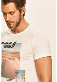 Biały t-shirt Tom Tailor Denim na co dzień, z okrągłym kołnierzem