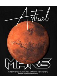 MAJORS - Czarna bluza z dużym nadrukiem Mars. Kolor: czarny. Materiał: bawełna, dresówka, jeans. Wzór: nadruk. Styl: elegancki