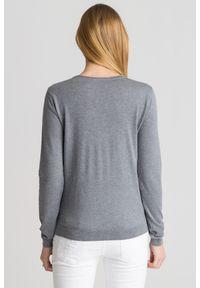 Sweter Emporio Armani z długim rękawem, na spacer