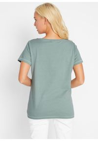 T-shirt bonprix dymny zielony z nadrukiem. Okazja: na co dzień. Kolor: zielony. Wzór: nadruk. Styl: casual