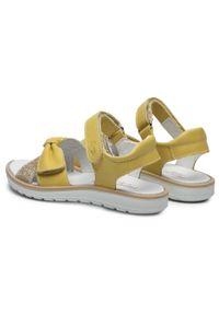 Primigi - Sandały PRIMIGI - 739201 M Gial. Kolor: żółty. Materiał: skóra. Wzór: aplikacja